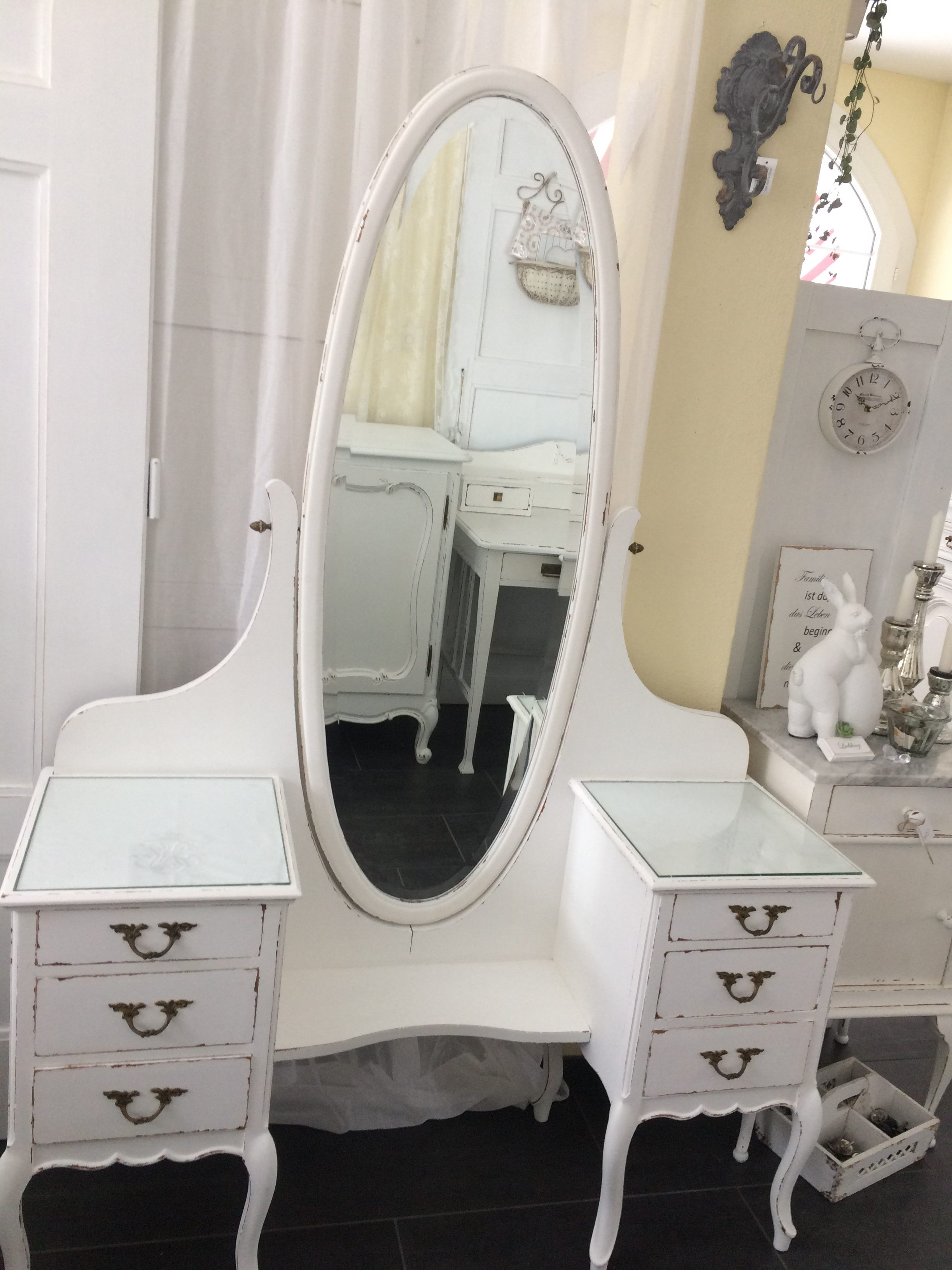 shabby chic schminktisch daniela 39 s shabby chic boutique. Black Bedroom Furniture Sets. Home Design Ideas