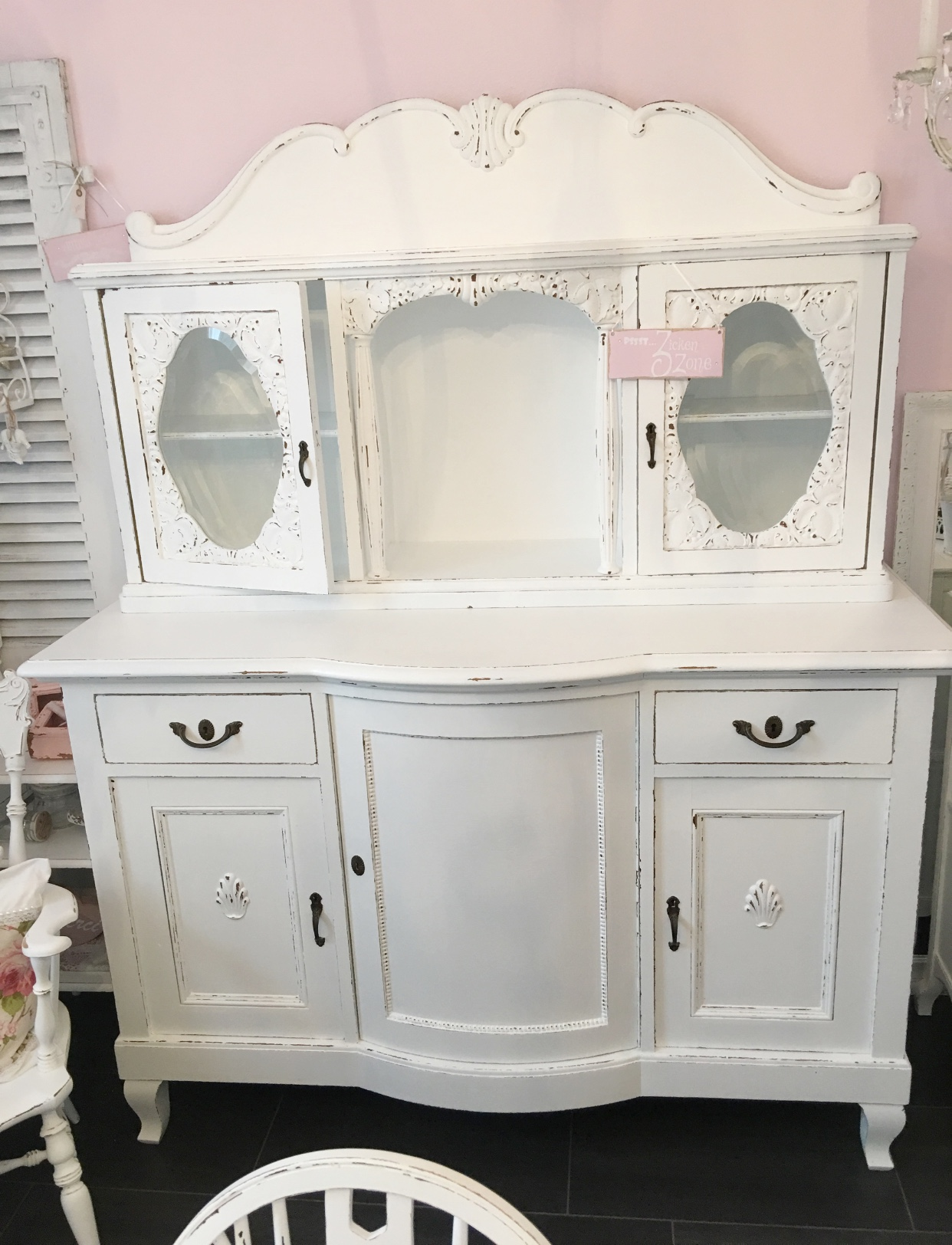 Shabby Chic Buffet | Daniela\'s Shabby Chic Boutique