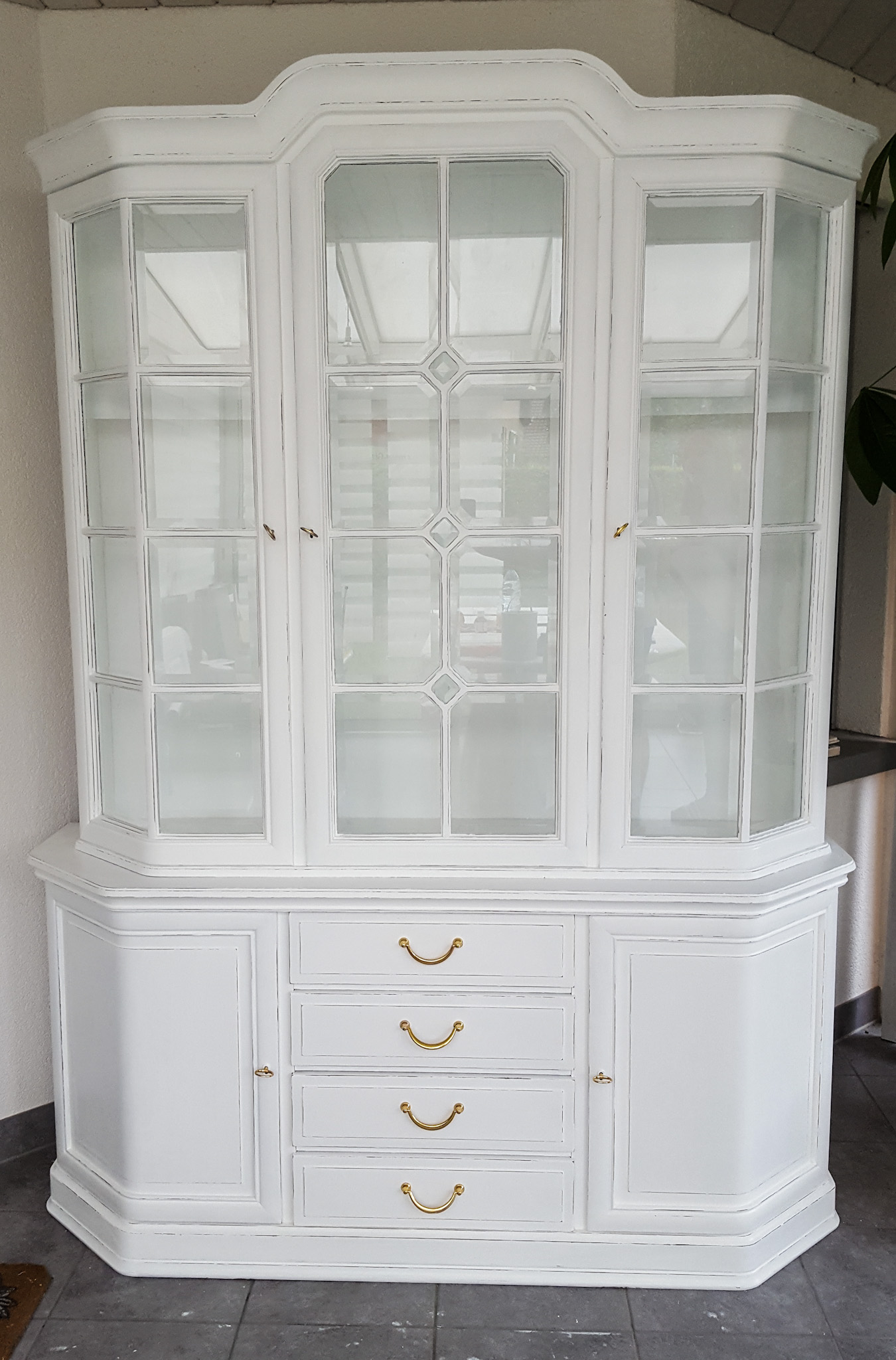 shabby chic buffet daniela 39 s shabby chic boutique. Black Bedroom Furniture Sets. Home Design Ideas